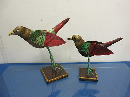 Set of metal bird statues on square bases - brown/green/red  - 2 sizes