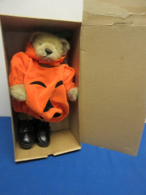 Boyd's Bear halloween bear