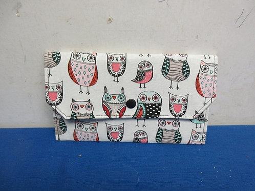 Cloth coupon/receipt organizer with dividers inside - owl design