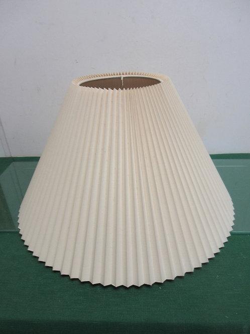 "Pleated lamp shade, bottom diameter 18"", 10""tall"