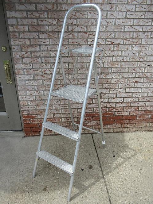 Werner 5.5ft. Safety master platform ladder