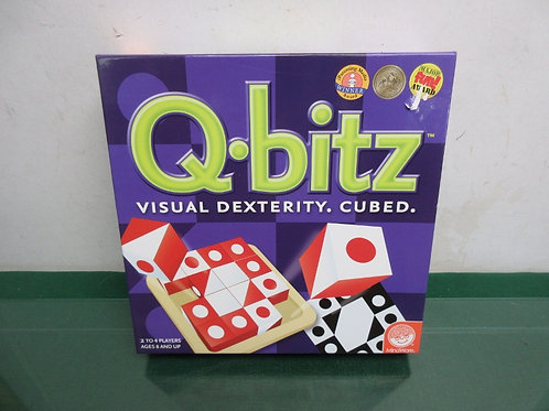 Mindware Q-bitz visual dexterity cubed games, 2 to 4 players-ages 8 +