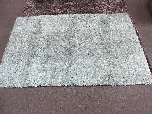 Green shag throw rug, 3x5ft.