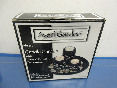 Averi Garden 4pc candle garden with carved flower decor