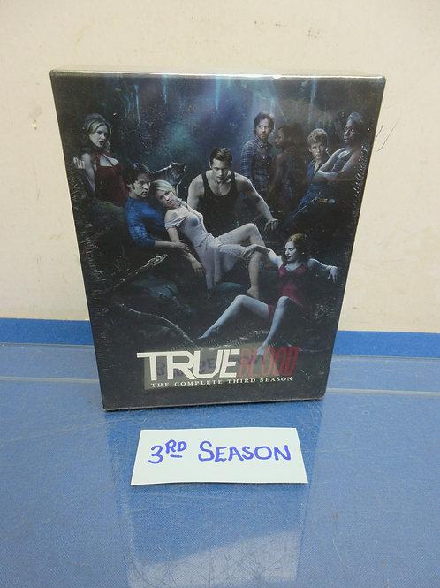 True Blood-5DVD set, complete third season, New, sealed