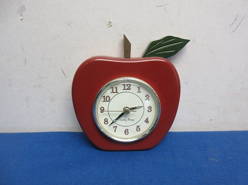 Small country breeze apple shaped wall clock