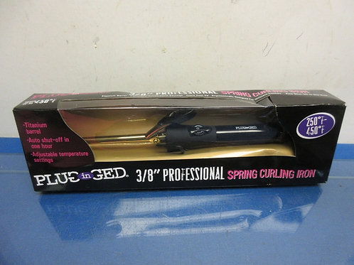 "Plugged in 3x8"" professional curling iron"
