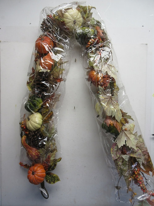 Valerie Parr 6ft pumpkin and maple leaf twig garland - brand new