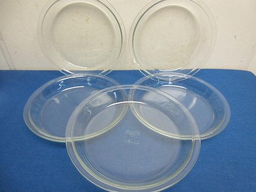 Set of 5 Pyrex Pie plates