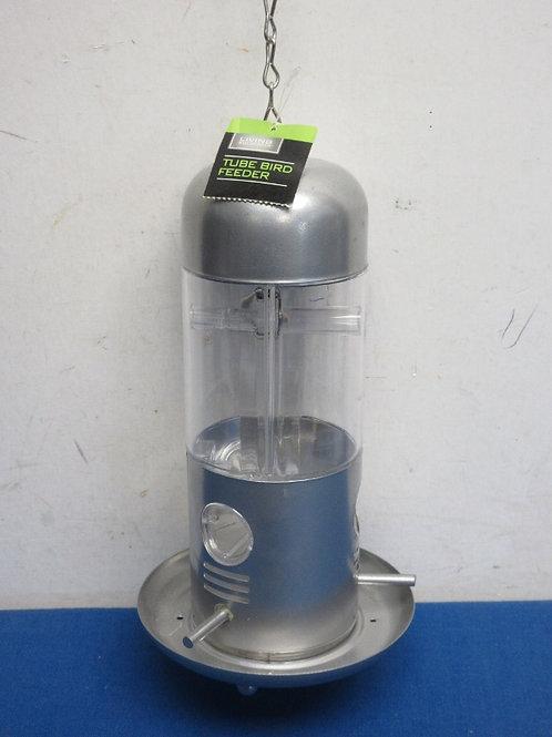 Tube bird feeder, New