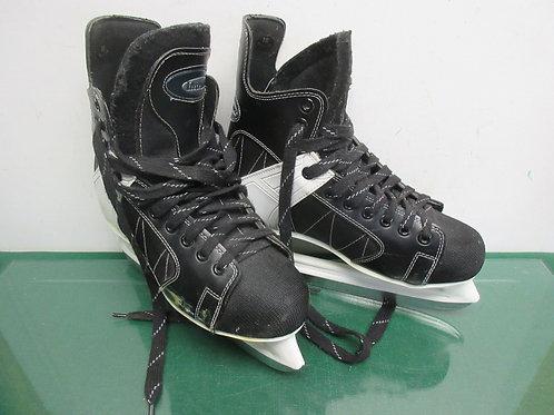 Black intruder size 10 hockey ice skates