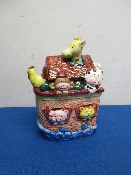 """Small Noah's Ark ceramic cookie jar, 3x5x9""""tall"""