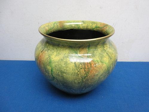 """Ceramic green flower pot, 7"""" dia x 8""""tall"""