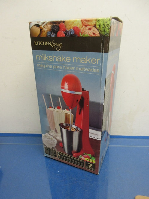 Kitchen Living red milk shake maker