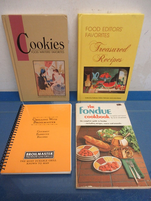 Set of 4 cookbooks - cookies, food editor favorites (2) hardback and (2) paperba