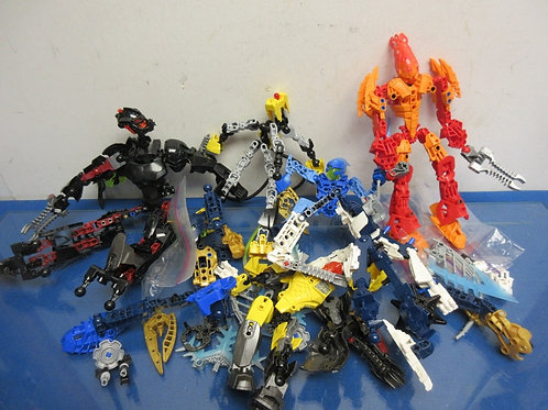 Lego Bionicle 7 Hero Figures with many extra parts