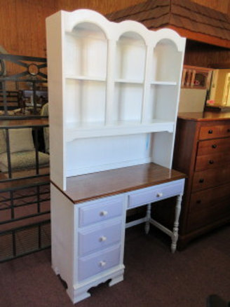 White desk with hutch - 4 lilac painted drawer fronts