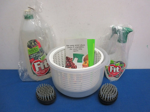 Fit fruit and vegetable was 12oz spray, 43oz refill bottle, scrubbers & bowl - a