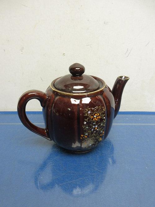 Brown floral design tea pot