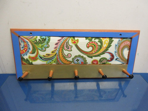 Coat rack with 5 peg hooks-paisley design 10x23