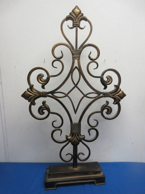 """Scroll design table top metal stand with Fleur di lis accents, 31""""tall"""