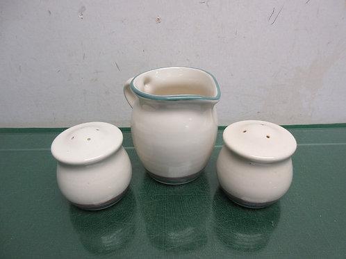 Pfaltzgraff set of 3, creamer, salt and pepper shakers