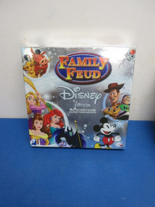 Family Fued game Disney edition - ages 6 and up
