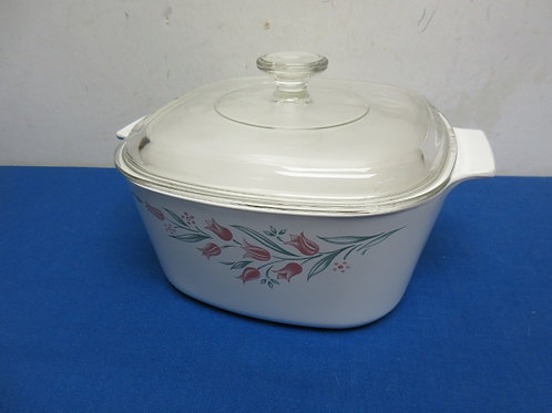 Large Corningware square casserole with lid