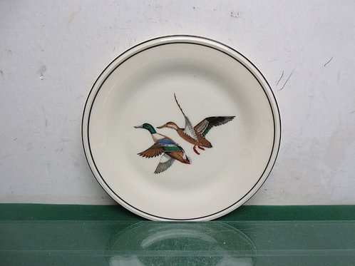 "Lenox 8"" plate with 2 mallard type ducks on the plate"