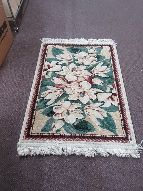 "Shaw throw rug-magnolia design with fringe, 2'3"" x 3'8"""