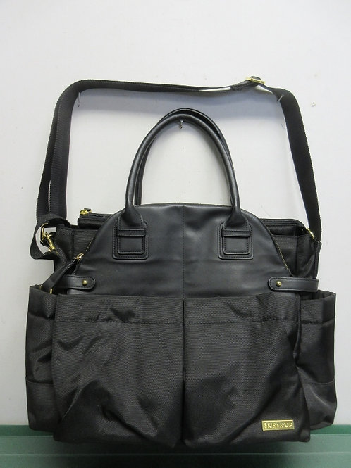 Skip hop black chelsea downtown chic diaper satchel, new never used