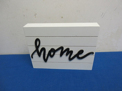 """""""home"""" wood wall hanging 6x8"""""""