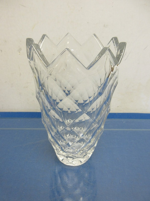 """Heavy leaded crystal vase with jagged top edge 8"""" high"""