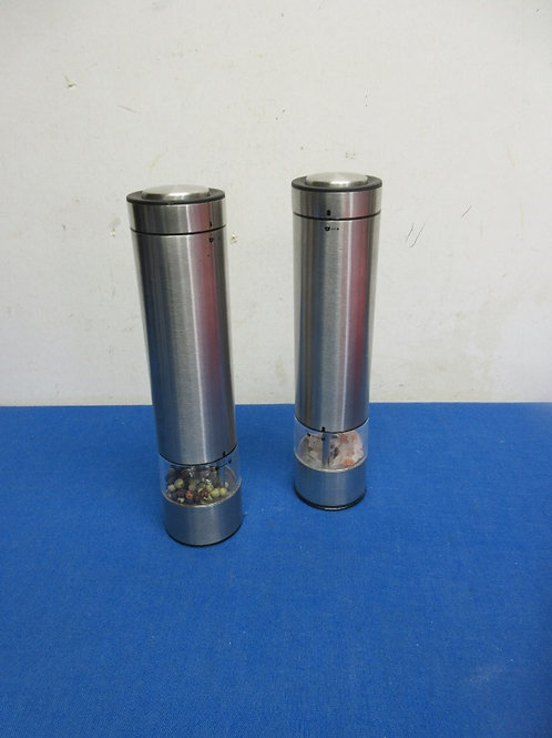 Crofton batter operated salt and pepper grinders