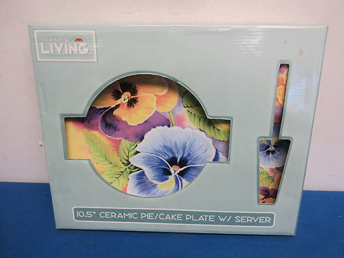 Today's living ceramic cake plate with server, both have colorful pansy design