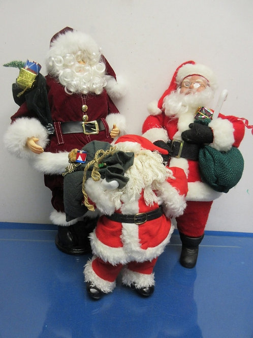 Set of 3 assorted Santa figures
