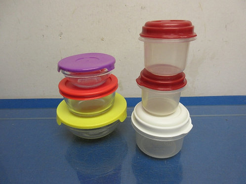 Set of 6 small containers with lids, 3 glass & 3 plastic
