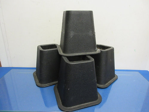 "Set of 4 black 6"" bed risers"