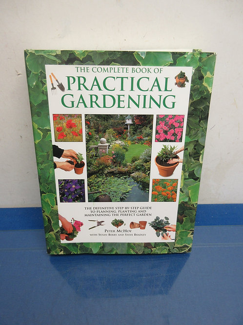 Coffee table book Complete book of practical gardening