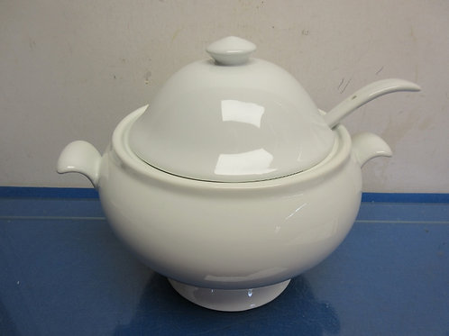 Pottery Barn white porcelain soup tureen with ladle