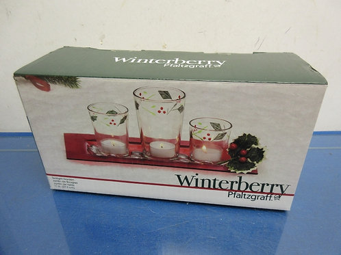 Pfaltzgraff winterberry tealight garden with clear glass candle shades