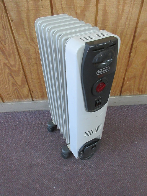 DeLonghi electric radiator heater, with gray control box &wheels