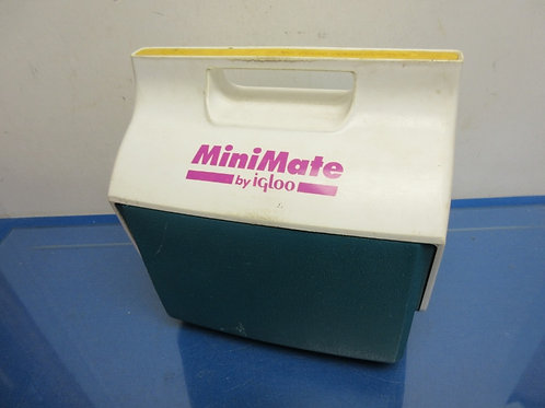 Igloo mini mate white and turquoise 6 pack cooler