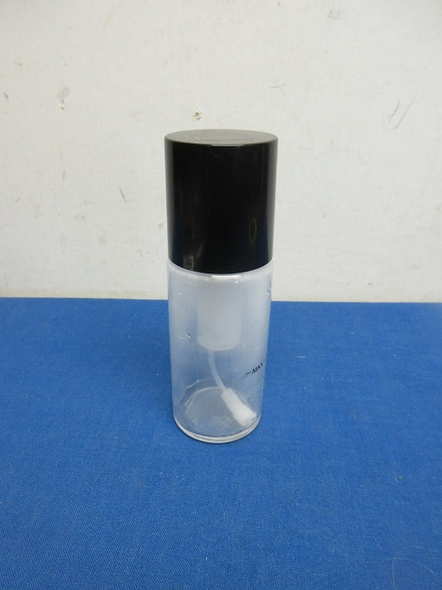 Small glass aerosol spray container, for cooking oil