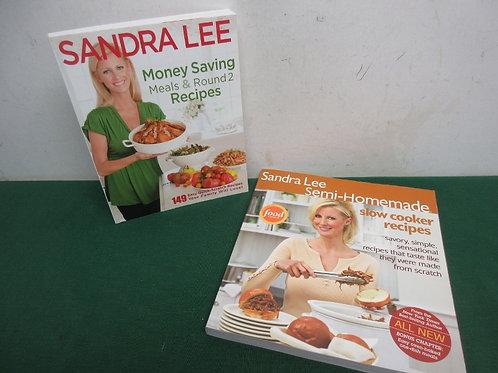 Pair of Sandra Lee cookbooks, money saving meals, semi homemade meals