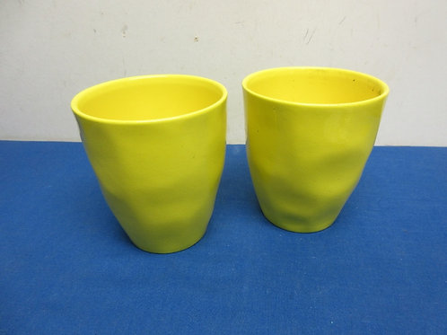 """Pair of yellow round flower pots 5"""" dia x 6""""tall"""