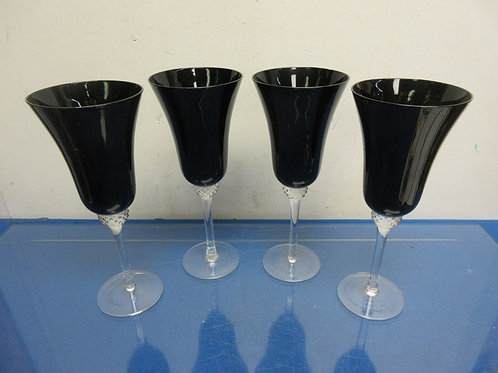 Set of 4 black stemmed glasses with clear glass stems