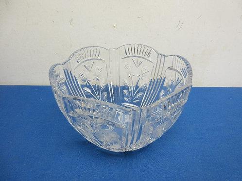 "Clear cut glass high sided bowl with flower designs, 8""dia x 6""hugh"
