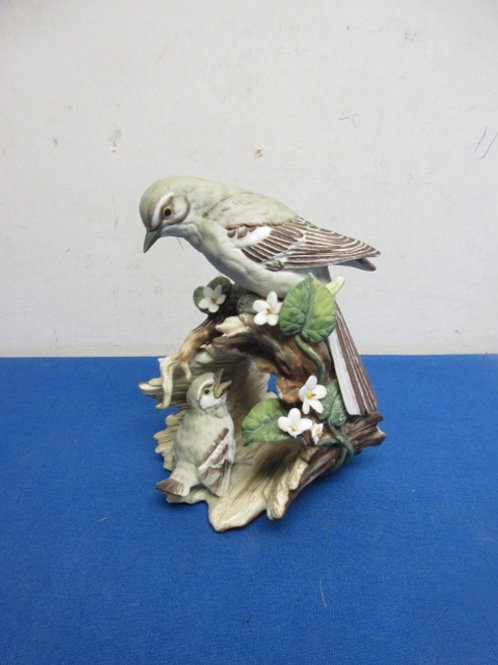 """Masterpiece statue of a mother bird and baby 7"""""""