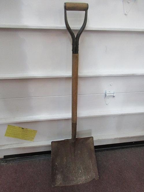 Long handle square coal shovel